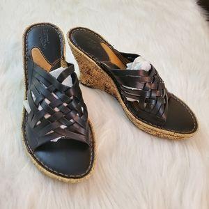 **Born 'Drilles' Sz 7 Cork Platform Wedge Sandals